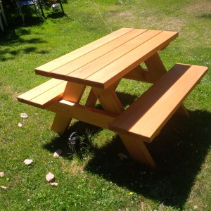 Victoria Firewood Picnic Tables